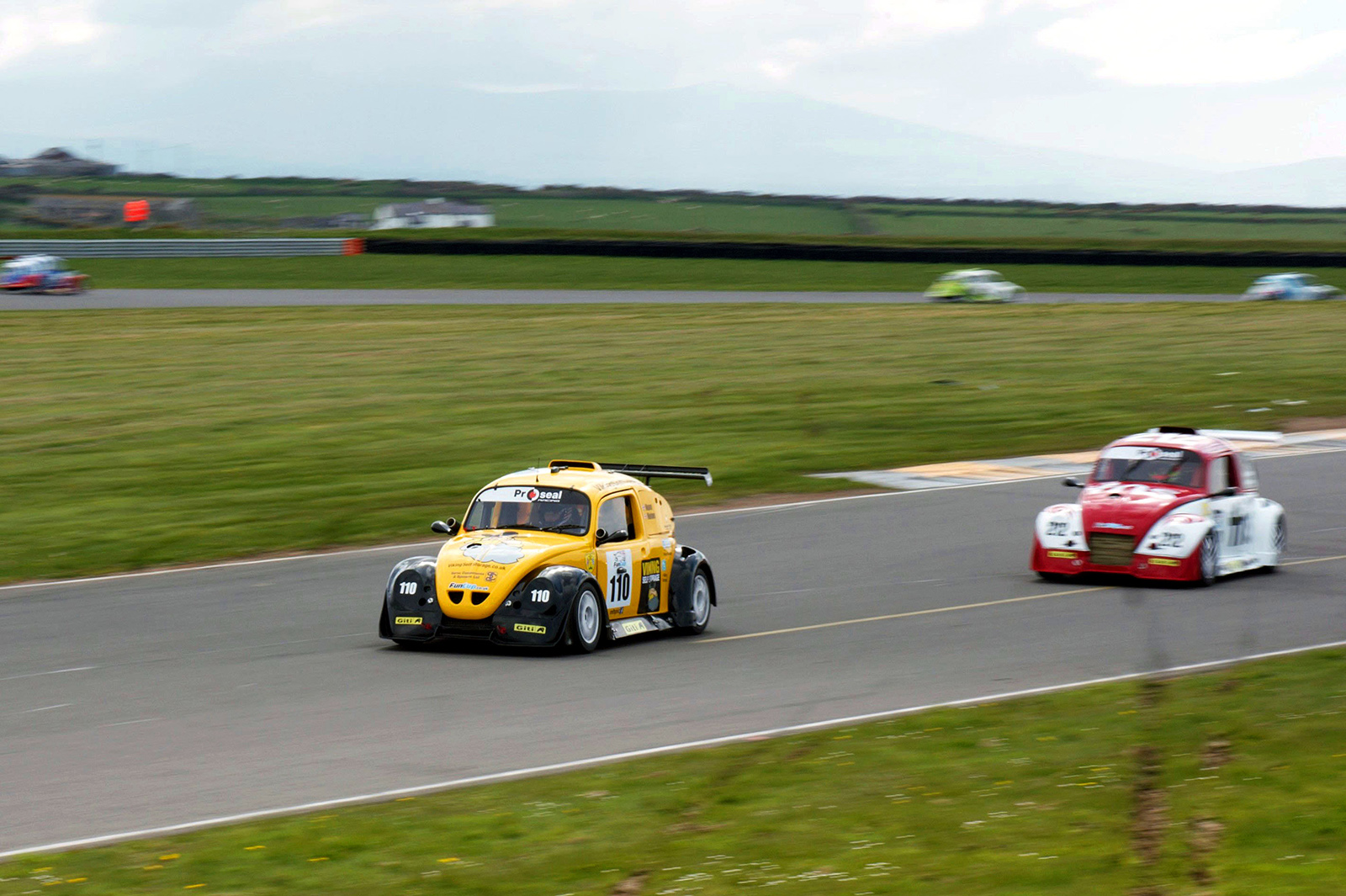 Car issues cost Team Viking in the Welsh eight-hour race